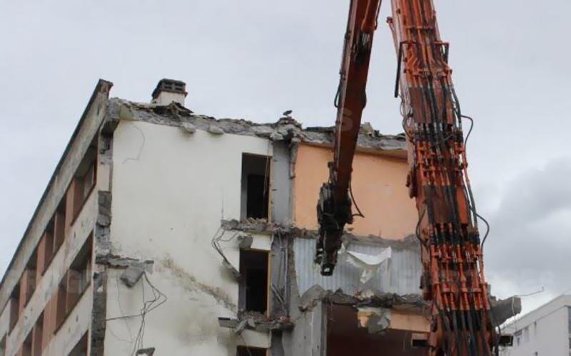 demolition batiment rilleux le pape